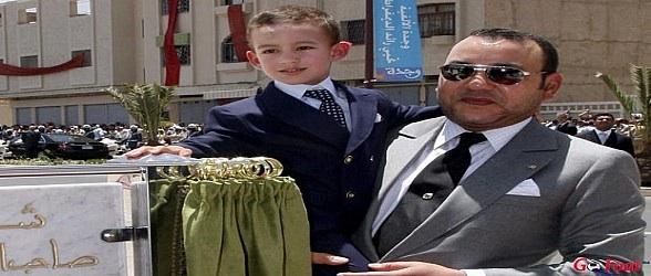 الملك محمد السادس يحضر لتشجيع الرجاء