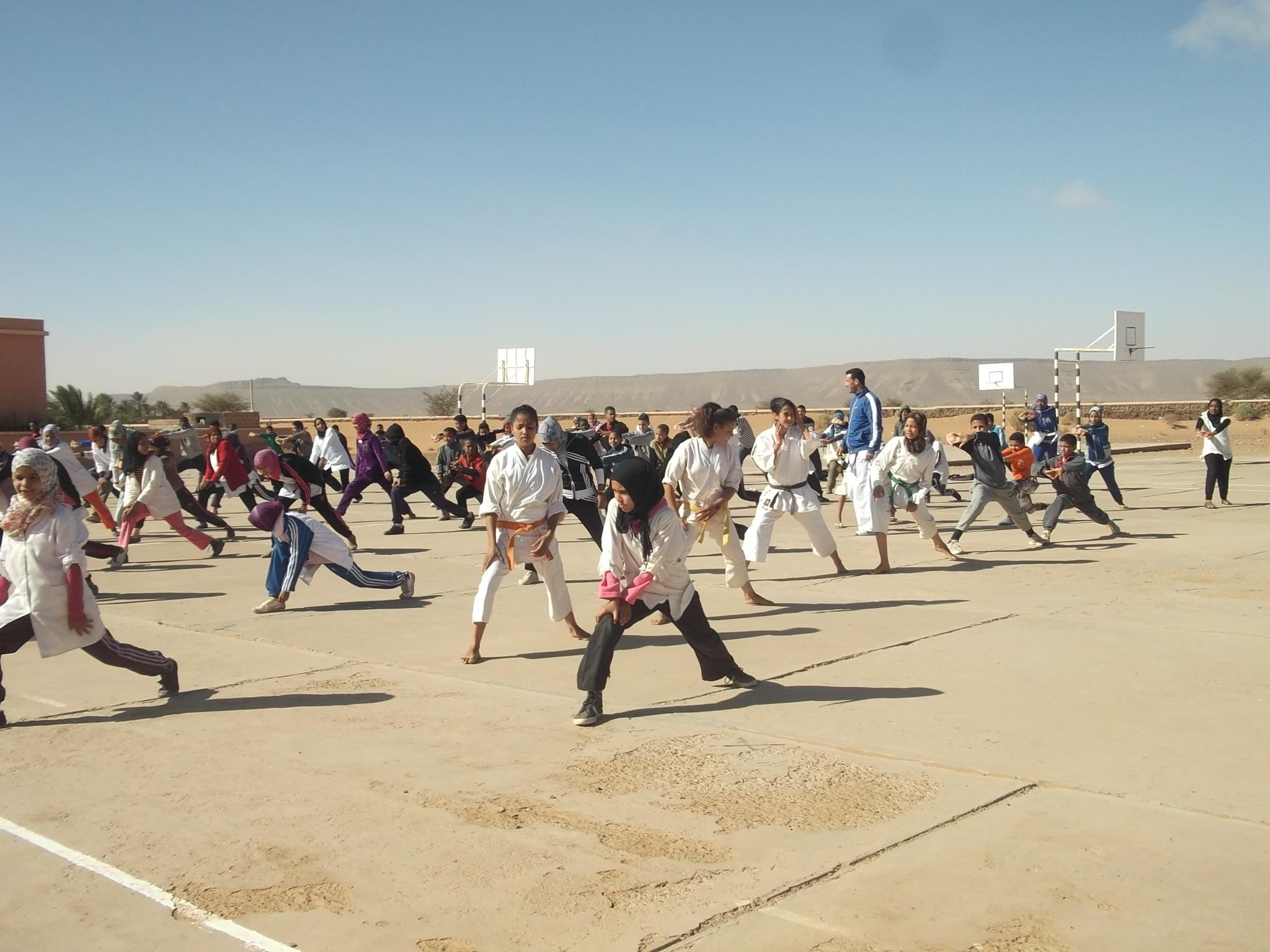 """تاكونيت:""""جمعية كراطي دو الصحراء"""" تنظم يوم للكراطي و فنون الحرب"""