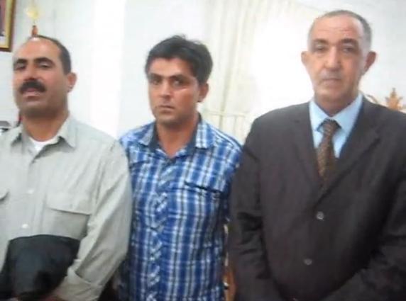 عمالة تنغير توزع بطاقة الاقامة على سوريين