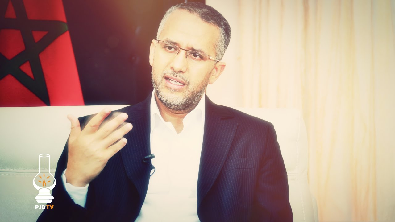 """ردّ الوزير """"الشوباني"""" حول إتهامات طالبة زاكورية له"""