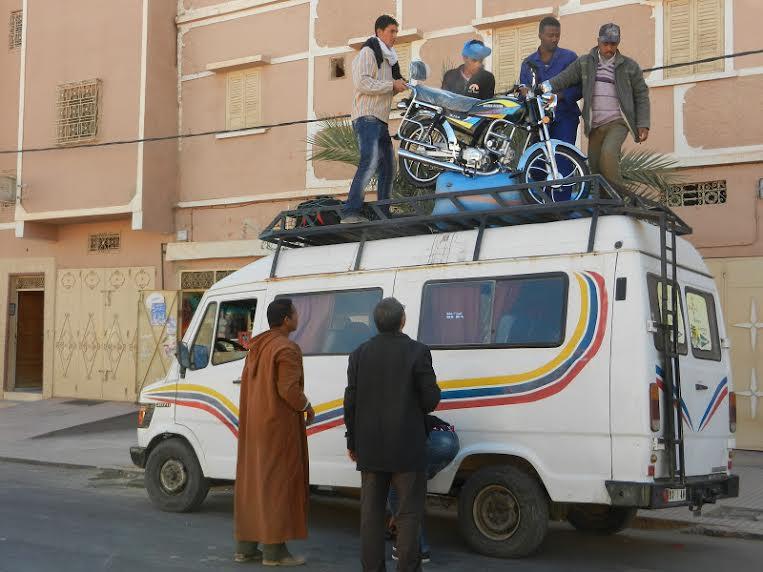أزمة النقل المزدوج بزاكورة و معاناة السكان