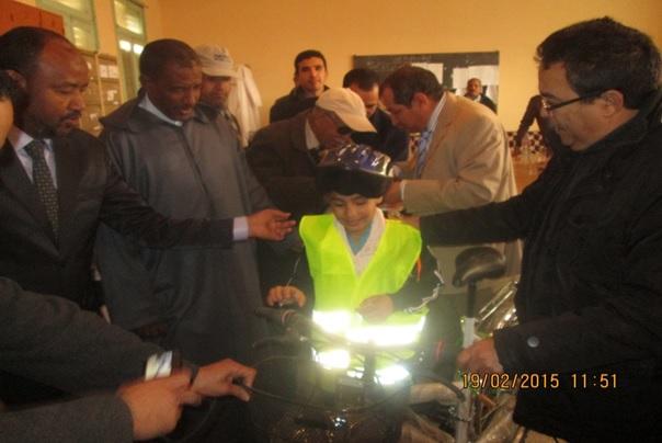 حملة تحسيسية حول السلامة الطرقية بثانوية سيدي صالح بتاكونيت