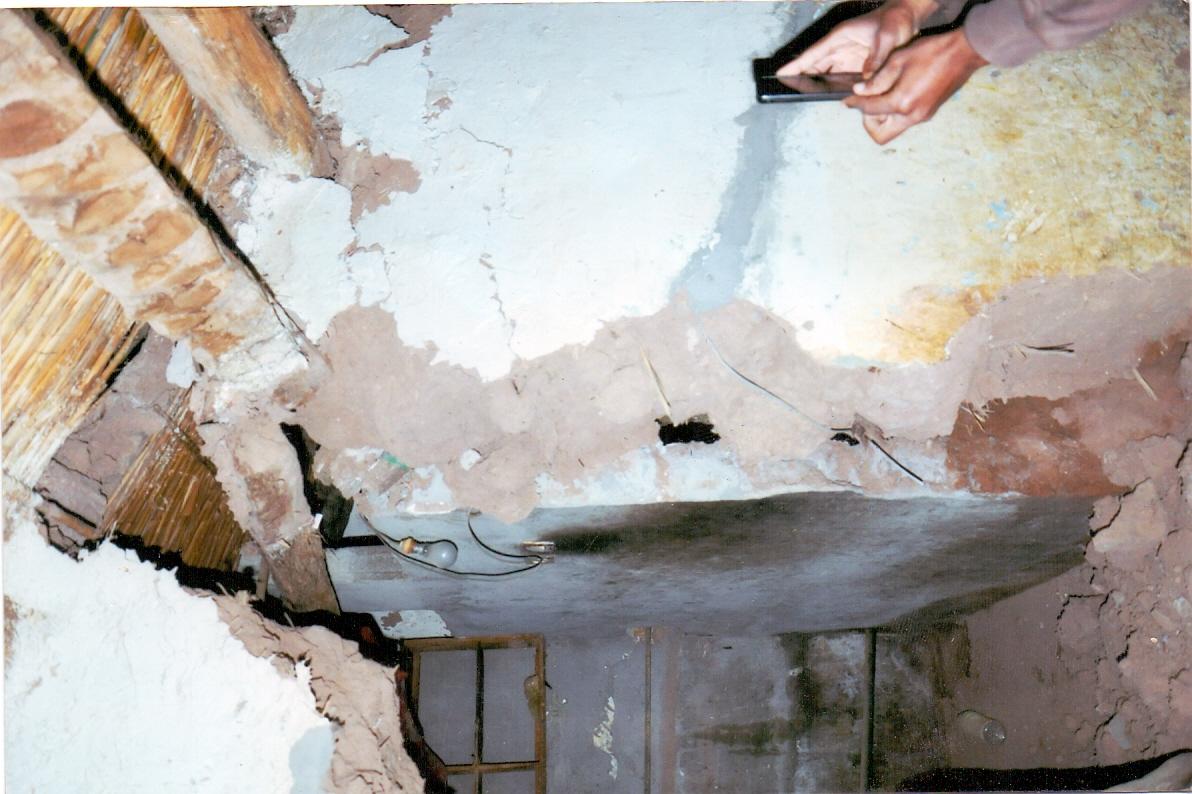 عائلة بحي البركة بزاكورة تستنجد بالسلطات حول منزلها الآيل للسقوط