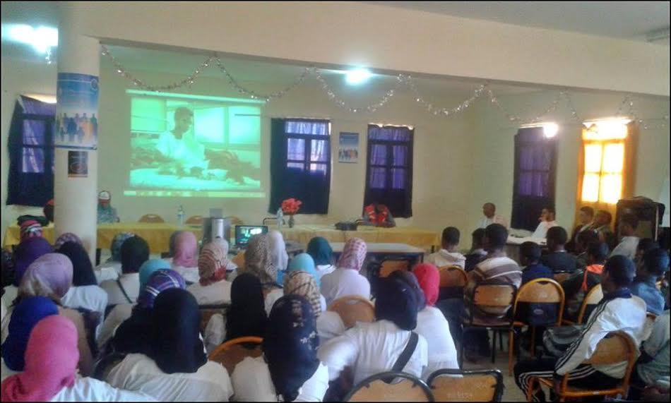 حملة تحسيسية للهلال الأحمر المغربي بأكدز حول السلامة الطرقية بثانوية مزكيطة الإعدادية