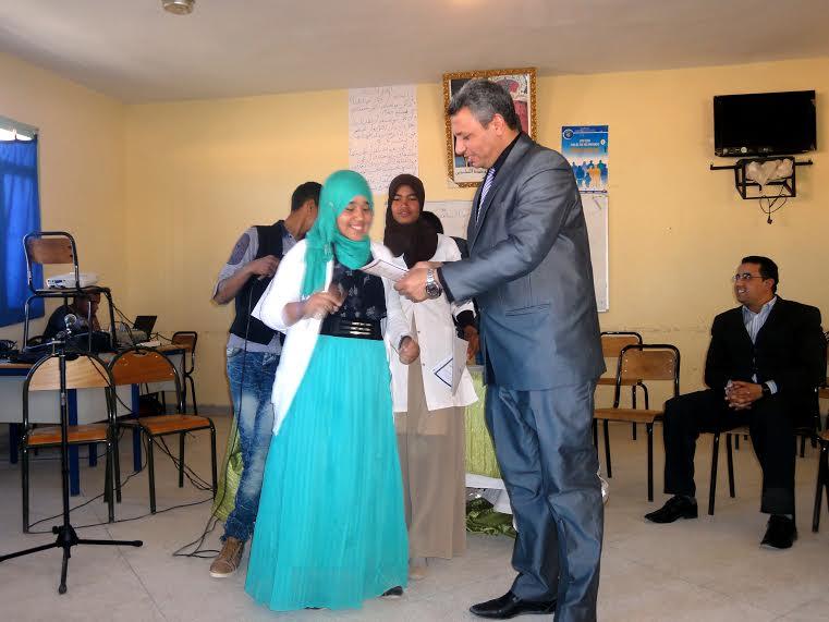 نادي الادب بثانوية أولاد يحيى لكراير التأهيلية يخلد اليوم العالمي للشعر