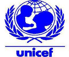 """اليونيسف ومؤسسة """"وي آر ووتر""""يشاركان في تحسين ظروف التمدرس والصحة المدرسية بإقليم زاكورة"""