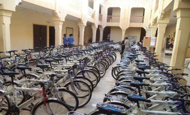 توزيع 433 دراجة هوائية لفائدة تلامذة بنيابة زاكورة
