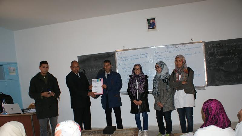 المجلس الثقافي البريطاني يمنح ثانوية سيدي احمد بناصر بزاكورة جائزة المدرسة الدولية