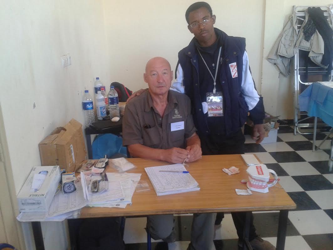 جمعية شباب ايت مناد للتنمية الشاملة تستقبل قافلة أطباء بلا حدود بدار الشباب تغبالت