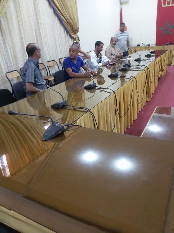 جمعية أصدقاء البئية تحاور رئيس المجلس البلدي في قضايا بيئية