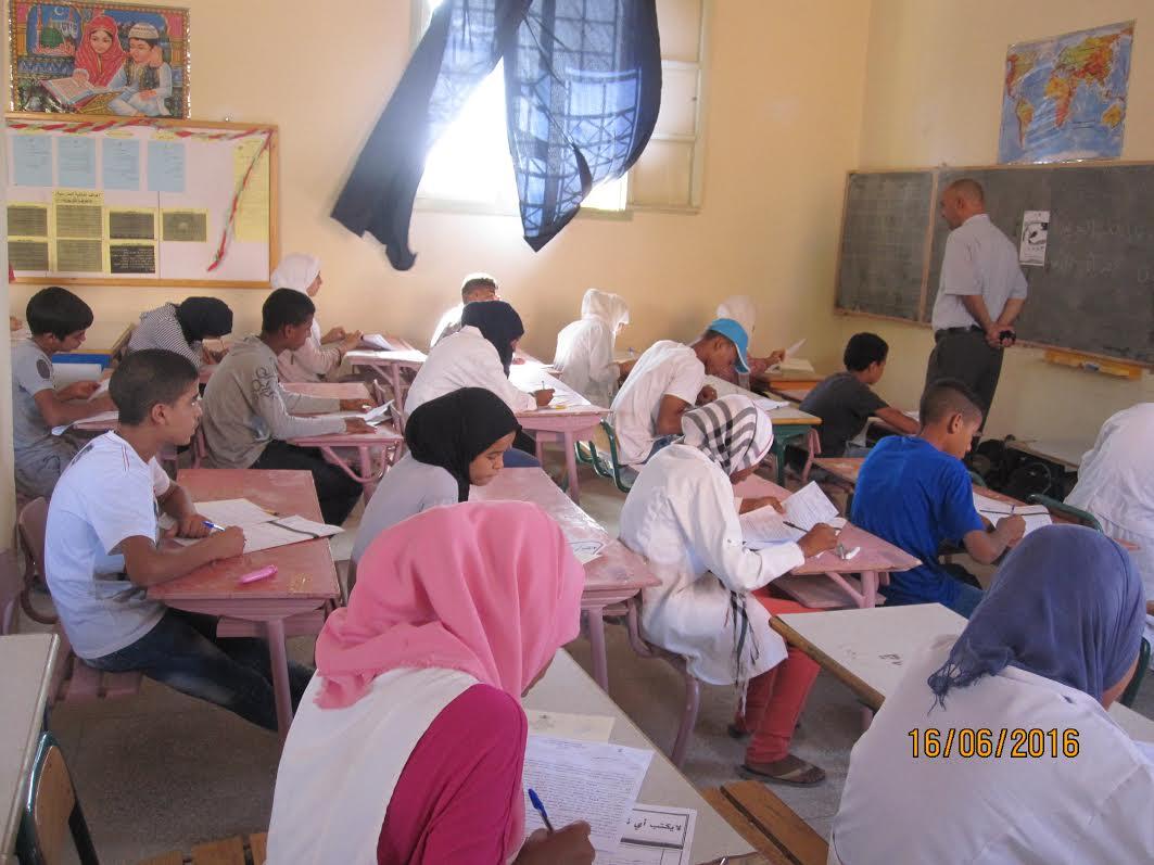 انطلاق الامتحانات  الإشهادية الجهوية بالثانوي الإعدادي نيابة زاكورة