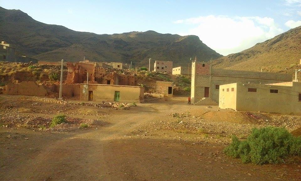 تنغير: سكان دوار تستيفت  يناشدون المسؤولين لتوفير لهم حافلة  للنقل المدرسي