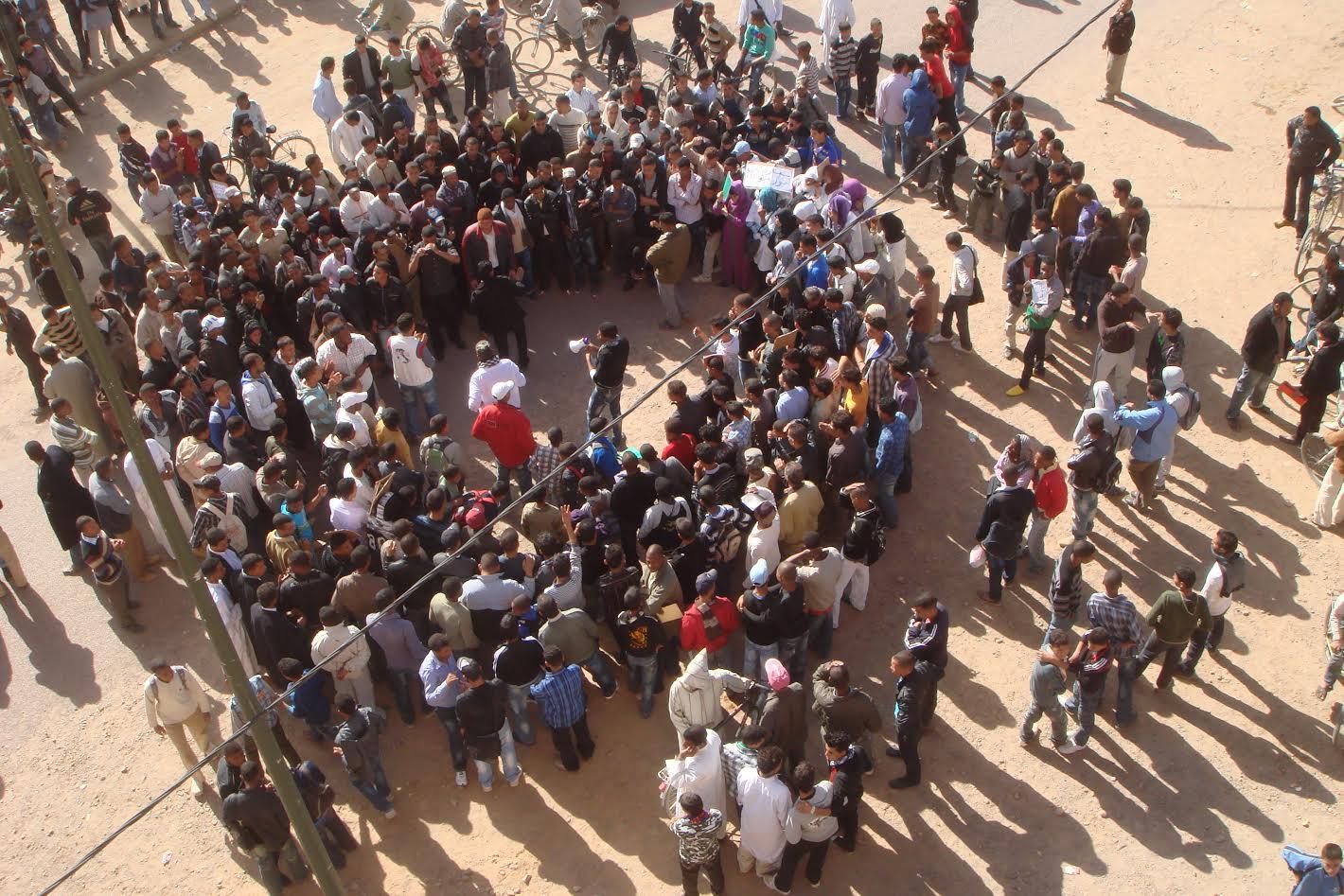 زاكورة: المجتمع المدني بتازارين يندد بالأوضاع المزرية التي تعيشها المنطقة