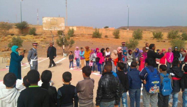 تازارين : مدرسة عقبة بن نافع تحتفل باليوم الوطني للسلامة الطرقية