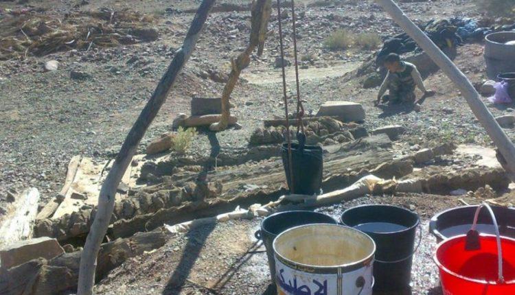 """ساكنة دوار""""الحارة """" بجماعة أفلاندرا تطالب عامل إقليم زاكورة بإلغاء قرار هدم بئر للماء الصالح للشرب"""