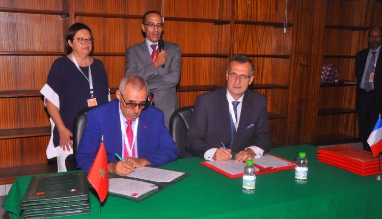 توقيع اتفاقية توأمة بين المحكمة الابتدائية بمراكش و المحكمة الإبتدائية الكبرى ببوبيني بفرنسا