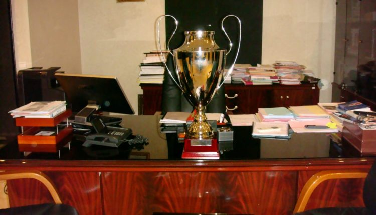 كلية الحقوق بمراكش تفوز بالنسخة الأولى لكأس جامعة القاضي عياض