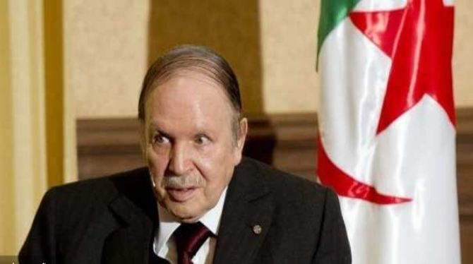 الرئيس الجزائري عبد العزيز بوتفليقة يستقيل رسميا من منصب رئاسة الجزائر