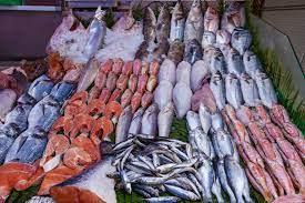 الأسماك والمنتجات البحرية تسجل قفزة صاروخية خلال الأسبوع الأول من رمضان